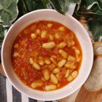 白いんげん豆のスパイシートマト煮