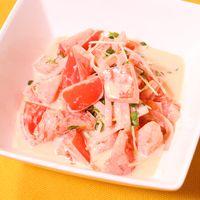 簡単!和えるだけ!トマトと貝割れ大根のマヨわさサラダ