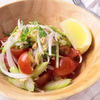 香り野菜のエスニック風サラダ