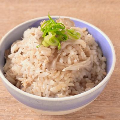 もち麦入りツナと舞茸の炊き込みご飯