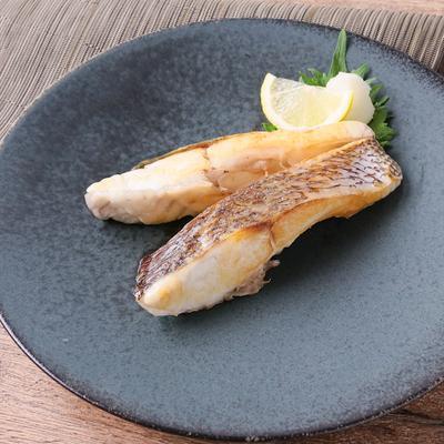 フライパンで手軽に 鯛の塩焼き