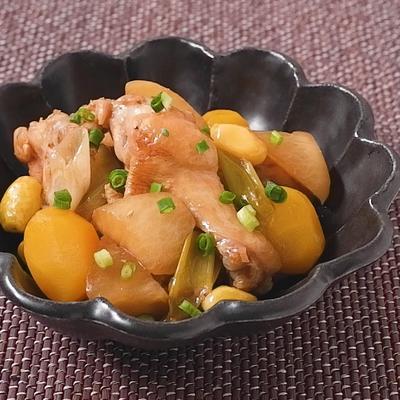 鶏手羽元と大根の中華煮