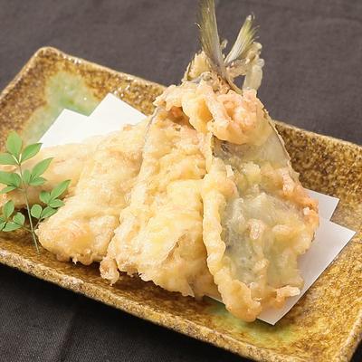 紅生姜衣でピリッとおいしいアジの天ぷら