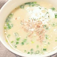 お湯を注ぐだけ!簡単マグカップ中華スープ