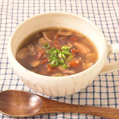 チキンとドライトマトの雑穀入りスープ