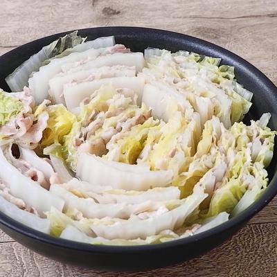 フライパンで 白菜と豚肉のミルフィーユ鍋風
