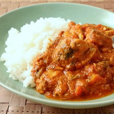 サバ缶とトマト缶で作る簡単カレー