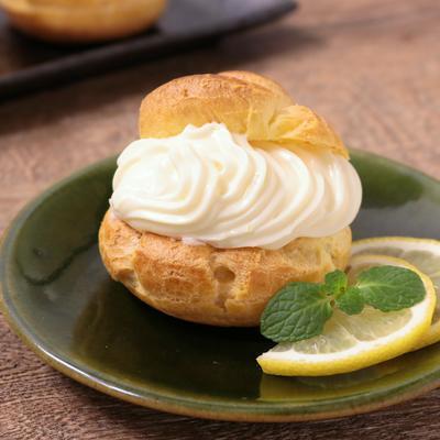 レモンチーズのシュークリーム