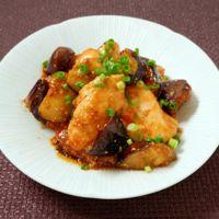 ご飯がモリモリ!茄子と鶏胸肉のピリ辛照り照り炒め
