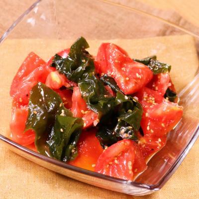 さっぱり美味しい!トマトとワカメのナムル