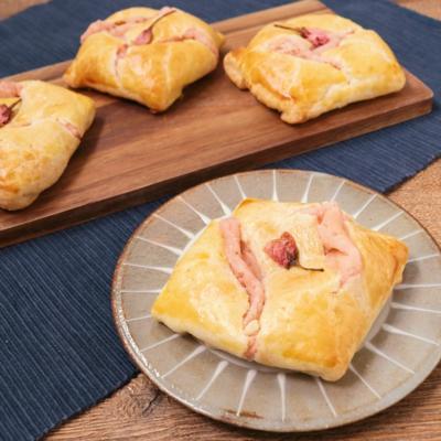 パイシートで簡単 桜あんチーズパイ