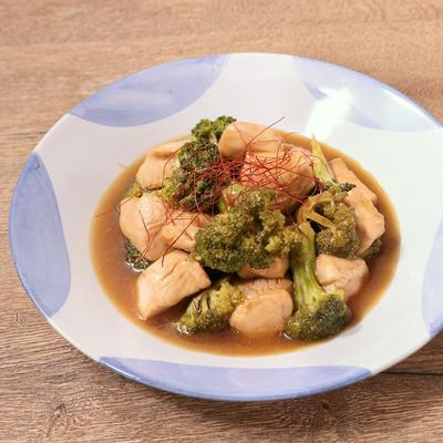 レンジで簡単 鶏むね肉とブロッコリーの甘酢あん