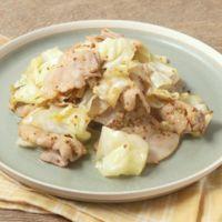 豚バラ肉とキャベツの粒マスタード炒め