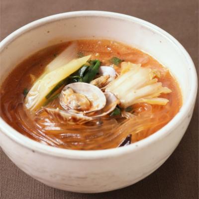 くずきり入りピリ辛キムチスープ