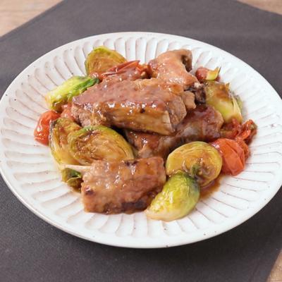 芽キャベツと豚肉のバルサミコ酢炒め