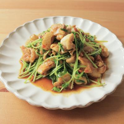 鶏モモ肉と豆苗の中華風炒め