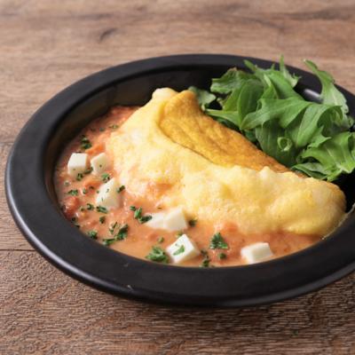 トマトとモッツァレラチーズのスフレオムレツ