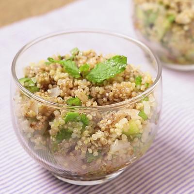 キヌアとアボカドのバルサミコ酢サラダ