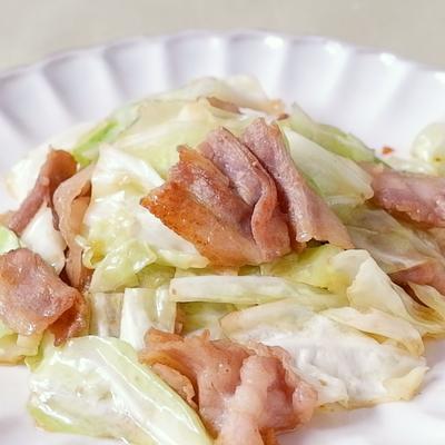 豚バラ肉とキャベツのカレー炒め