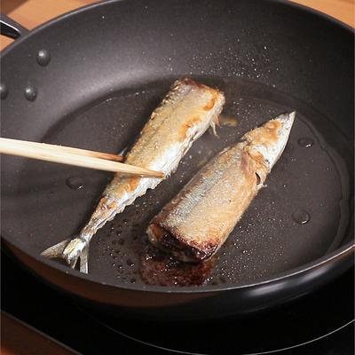 フライパンで焼く サンマの焼き方