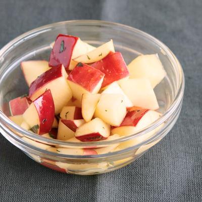 りんごのはちみつマリネ