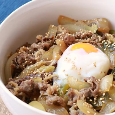 ガッツリ美味しい すき焼き風丼