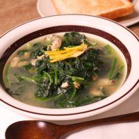 あさりの風味抜群!ほうれん草とあさりのスープ