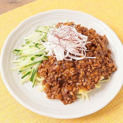 沖縄そばでジャージャー麺