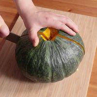 かぼちゃを丸ごと切る