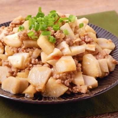 里芋と長芋のピリ辛肉みそ炒め