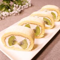 季節関係なく作れる!キウイのロールケーキ