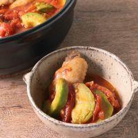 アボカドトマト鍋