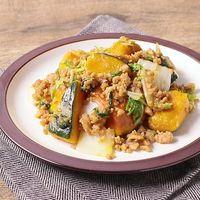 かぼちゃと白菜と鶏ひき肉の甘辛炒め