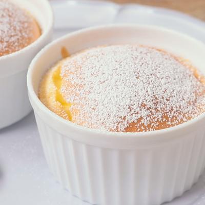 スライスチーズで ふわふわスフレチーズケーキ