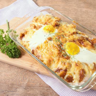 とろーり卵とチーズのシーフード焼きカレー