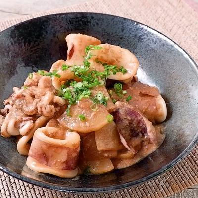 ヤリイカと大根の胡麻味噌炒め煮