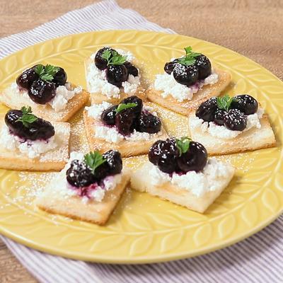 ブルーベリーとチーズのおつまみトースト