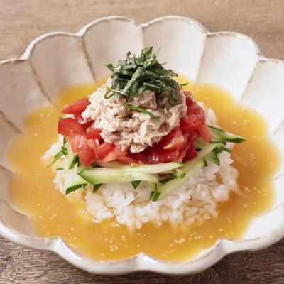 イタリアン気分で ツナとトマトの冷や汁風ぶっかけごはん
