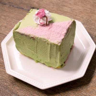 カステラで 和風桜あんケーキ