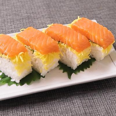 サーモンのちらし押し寿司