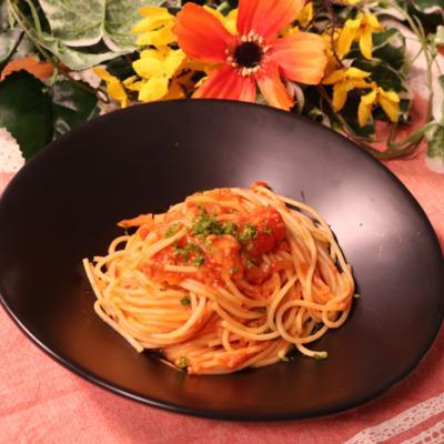 とろーり美味しい!トマトとニンニクのパスタ