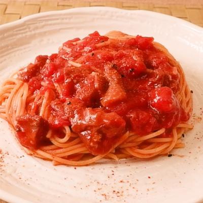 トマト缶と焼鳥の缶詰の濃厚パスタ