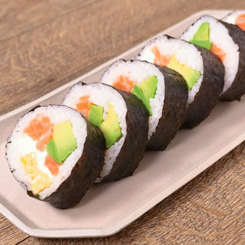 切り 寿司 手 方 卵焼き 巻き