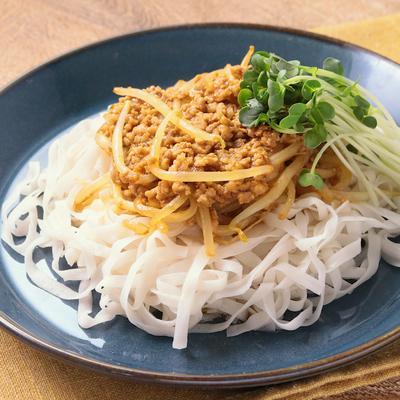 低糖質麺でジャージャー麺風