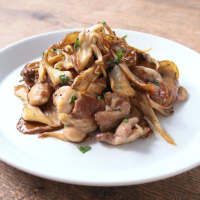 舞茸と鶏肉のバタポン炒め
