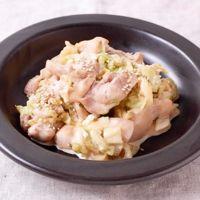 キャベツと鶏もも肉の醤油マヨ炒め