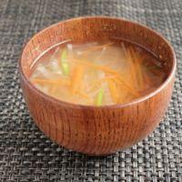 千切り野菜のお味噌汁
