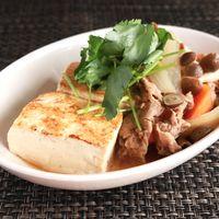 アツアツ 柔らか牛バラ肉の肉豆腐