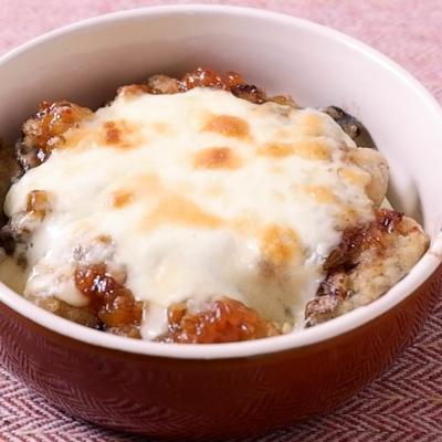 牡蠣と長ねぎの金山寺味噌チーズ焼き