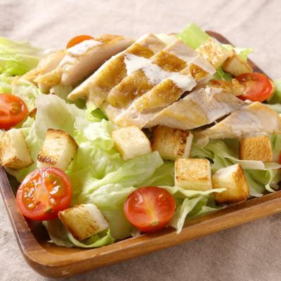 グリルチキンのボリューミーサラダ